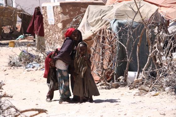 Bambini al campo di Halabooqad