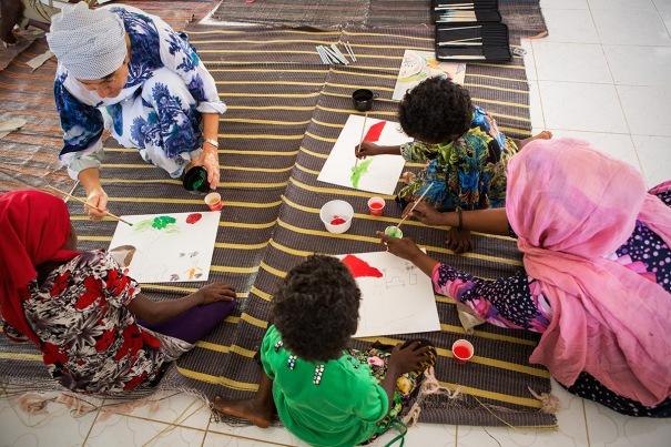 Laboratorio alla scuola elementare del campo di Halabooqad